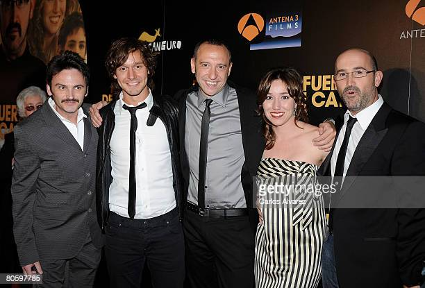 Actors Fernando Tejero Benjamin Vicuna director Nacho Garcia Velilla Actress Lola Duenas and Actor Javier Camara attend the ''Fuera de Carta''...
