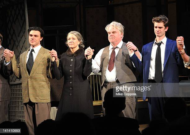 Actors Finn Wittrock Linda Emond Philip Seymour Hoffman and Andrew Garfield take a curtain call at the Broadway opening night of 'Death Of A...