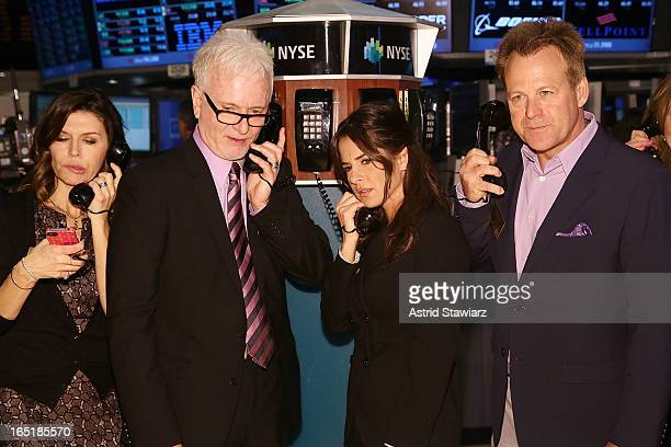 Actors Finola Hughes Tony Geary Kelly Monaco and Kin Shriner of ABC's soap opera General Hospital ring the opening bell at the New York Stock...