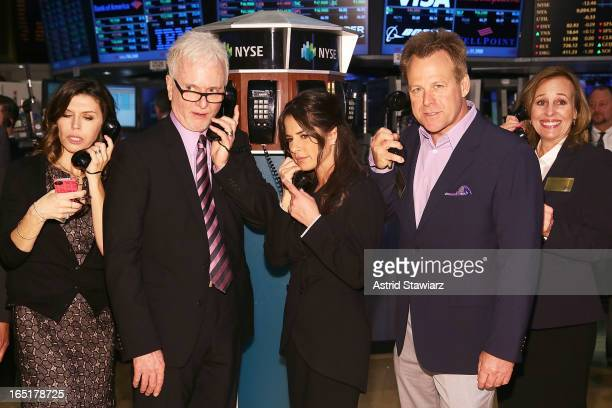 Actors Finola Hughes Tony Geary Kelly Monaco Kin Shriner and Genie Francis of ABC's soap opera General Hospital ring the opening bell at the New York...