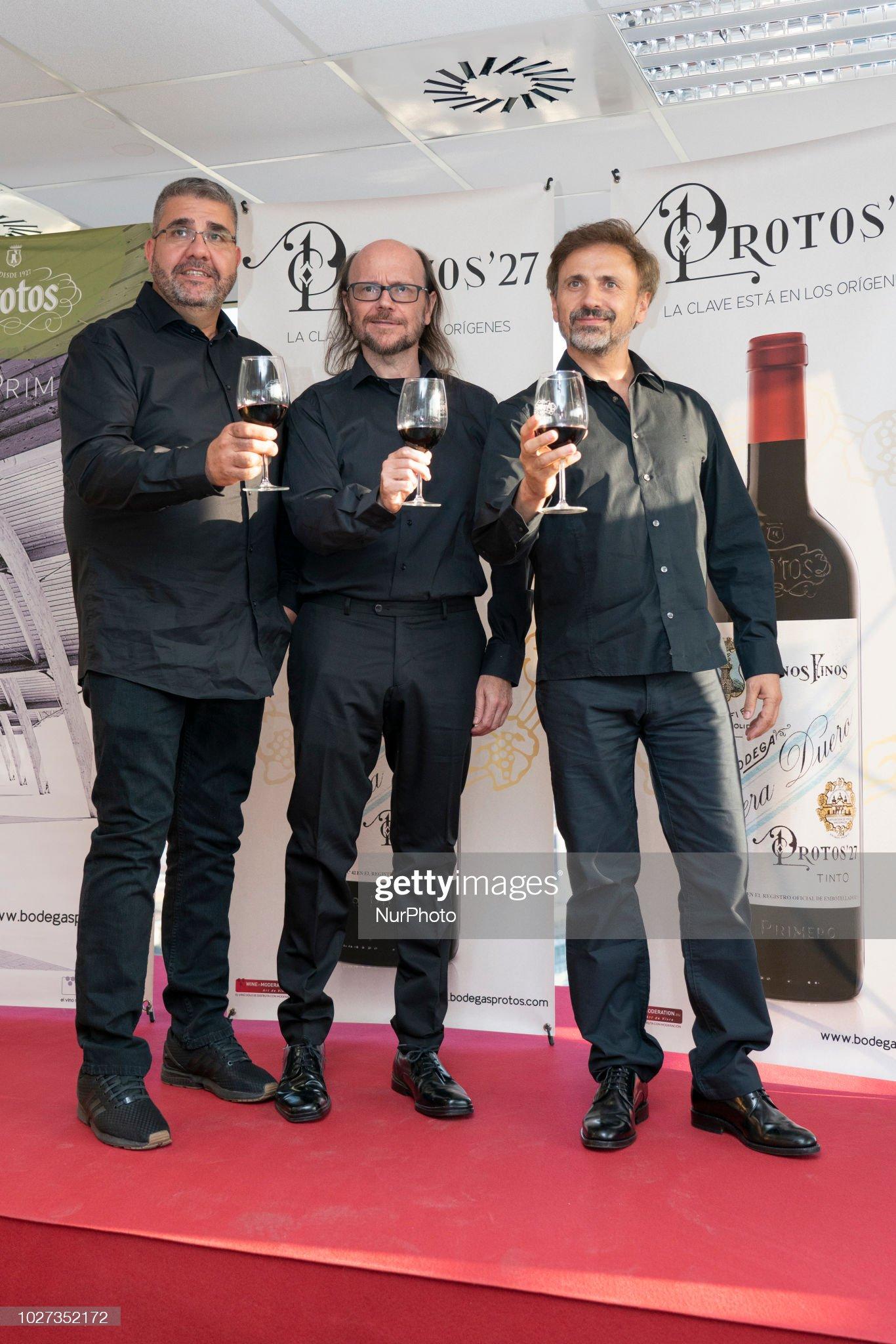 ¿Cuánto mide Florentino Fernández? - Altura Actors-florentino-fernandez-santiago-segura-and-jose-mota-attend-the-picture-id1027352172?s=2048x2048