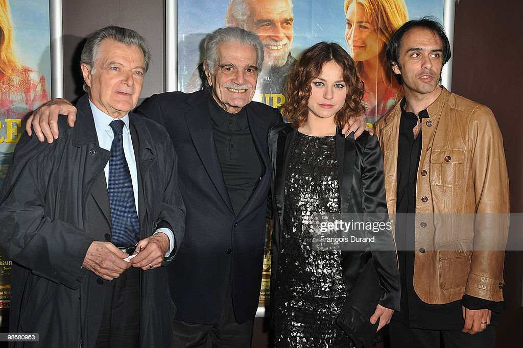 Actors Franck Gourlat, Omar Sharif, Emilie Dequenne and Director Laurent Vinas-Raymond attend the premiere for 'J'ai Oublie de te Dire' at Le Cinema des Cineastes on April 26, 2010 in Paris, France.