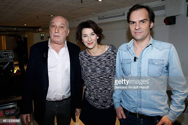 Actors Francois Berleand, Isabelle Gelinas and actor and stage director Sebastien Thierry present the theater play 'Deux hommes tout nus', performed...