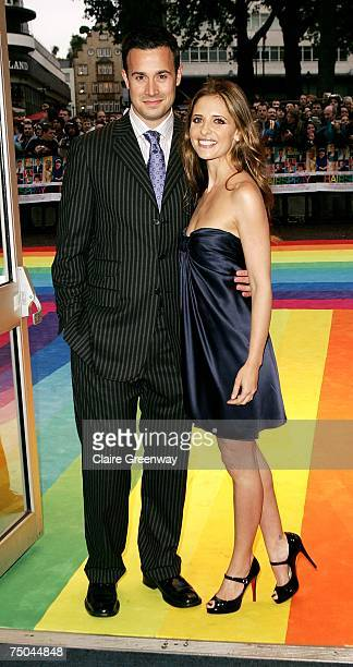 Actors Freddie Prinze Jnr and Sarah Michelle Gellar arrive at the UK premiere of Hairspray at Odeon West End on July 5 2007 in London England