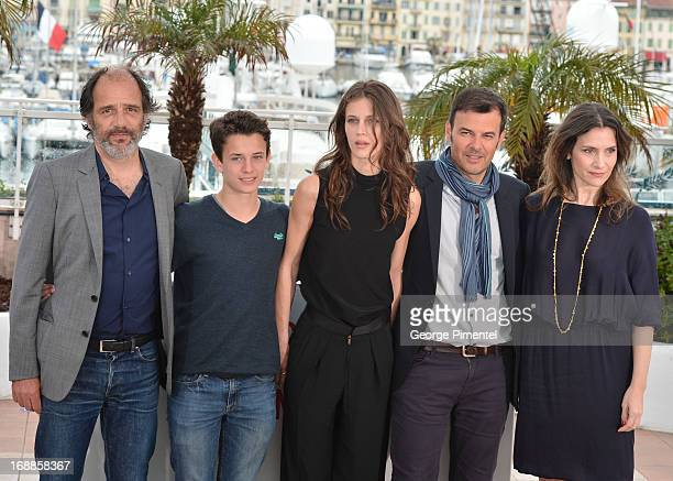 Actors Frederic Pierrot Fantin Ravat Marine Vacth director Francois Ozon and actress Geraldine Pailhas attend the photocall for 'Jeune Jolie' at The...