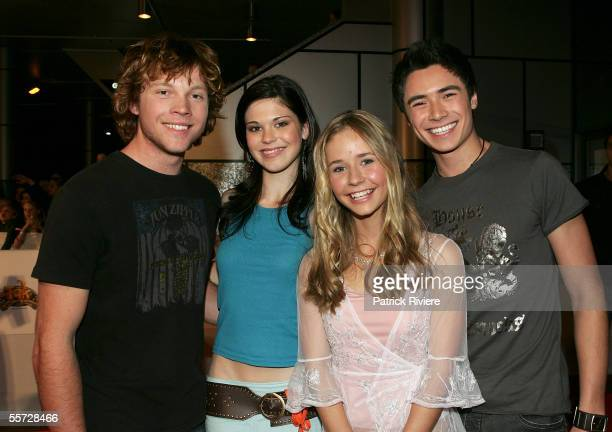 Actors from Blue Water High Khan Chittenden Kate Bell Sophie Luck and Adam Saunders arrive at the 2005 Nickelodeon Kids' Choice Awards held at the...