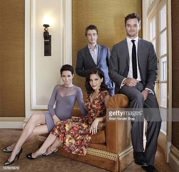 Actors from left Shantel Van Santen Robert Buckley Sophia Bush and Austin Nichols who star in the teendriven drama 'One Tree Hill' are photographed...