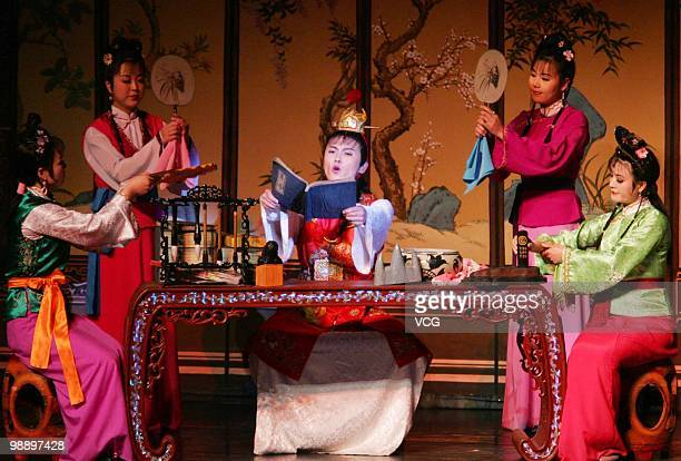 Actors from the Phibada Opera Troupe of the Democratic People's Republic of Korea perform A Dream of Red Mansions on May 6 2010 in Beijing China The...