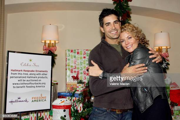 Actors Galen Gering and McKenzie Westmore attend the Hallmark CelbriTree holiday open house benefiting 'Feeding America' on November 14 2009 in...
