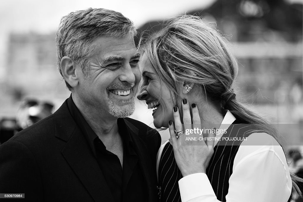 Black and White Pictures!!! Actors-george-clooney-and-julia-roberts-pose-on-may-12-2016-during-a-picture-id530970984