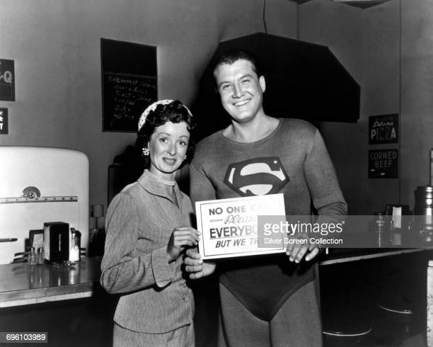 Actors George Reeves as Superman/Clark Kent and Noel Neill as Lois Lane on the set of the American television series 'Adventures of Superman', circa...