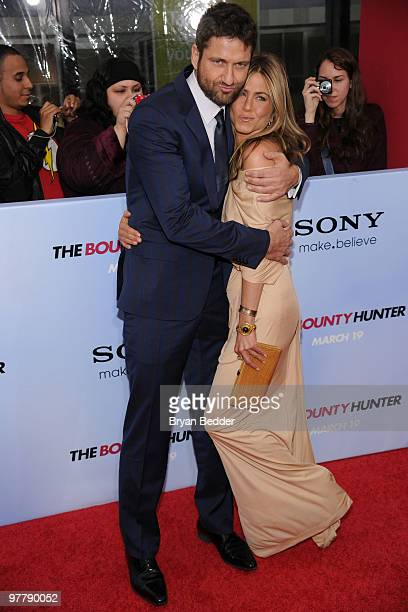 Actors Gerard Butler and Jennifer Aniston attend the premiere of 'The Bounty Hunter' at Ziegfeld Theatre on March 16 2010 in New York City