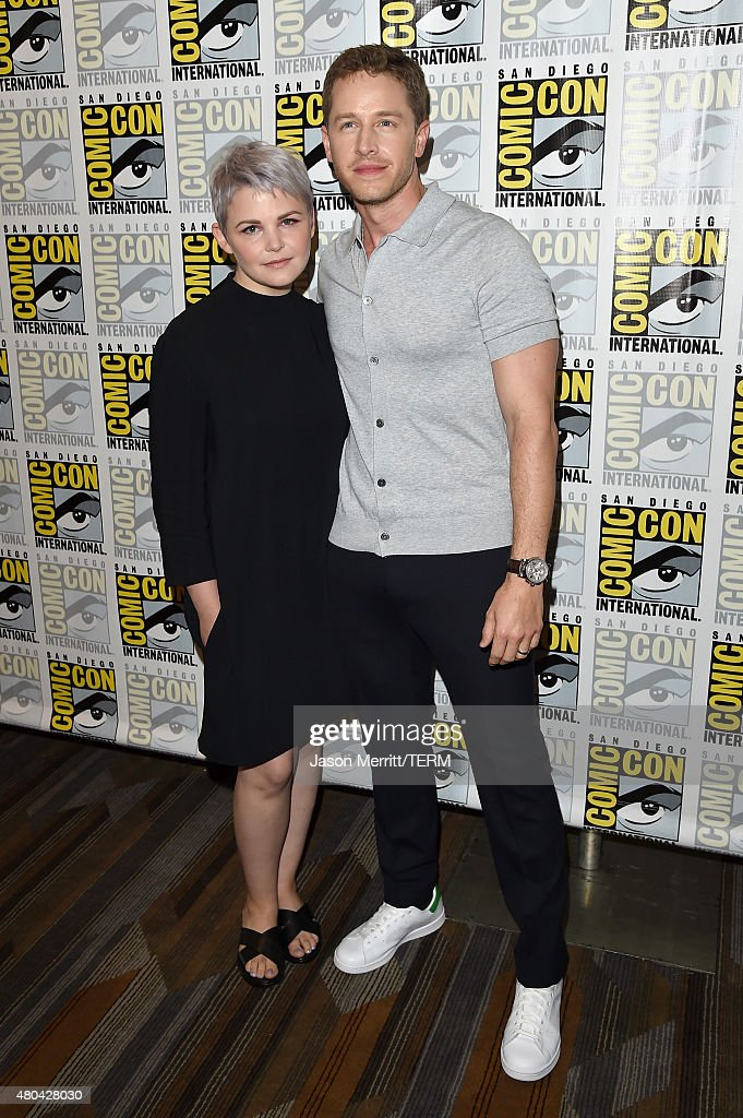Actors Ginnifer Goodwin (L) and Josh Dallas attend the 'Once Upon A Time' press room during Comic-Con International 2015 at the Hilton Bayfront on July 11, 2015 in San Diego, California.