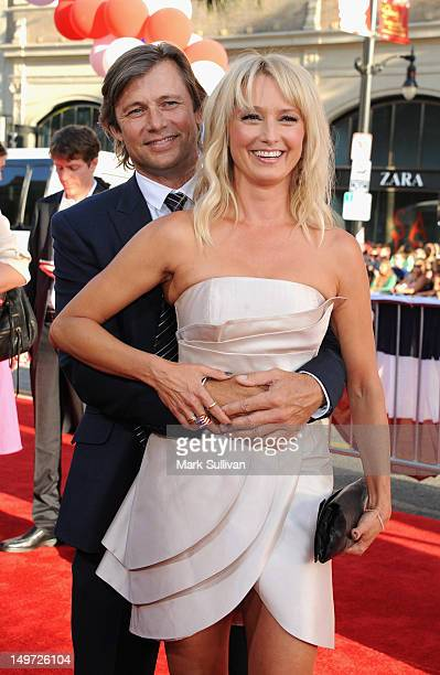 Actors Grant Show and Katherine LaNasa attend the Los Angeles premiere of 'The Campaign' at Grauman's Chinese Theatre on August 2 2012 in Hollywood...