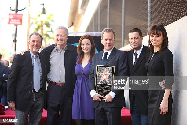 Actors Gregory Itzin Jon Voight Annie Wersching Kiefer Sutherland Carlos Bernard and Mary Lynn Rajskub attend the ceremony honoring the Actor Kiefer...