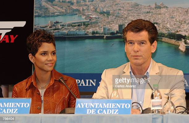 Actors Halle Berry and Pierce Brosnan attend a press conference for the next James Bond film 'Die Another Day' April 3 2002 in Cadiz Spain The movie...