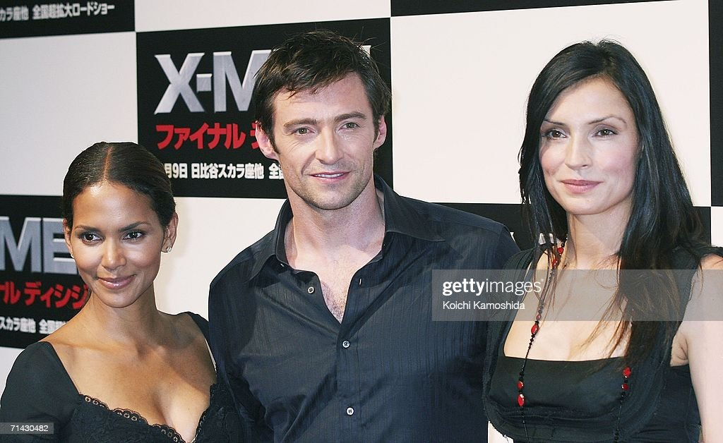 Actors (L to R) Halle Berry, Hugh Jackman and Famke Janssen attend a press conference for the premiere of the movie 'X-Men: The Last Stand' on July 13, 2006 in Tokyo, Japan. The film will open in Japan in September.