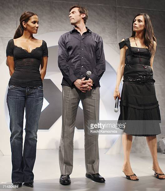 Actors Halle Berry Hugh Jackman and Famke Janssen attend a press conference for the premiere of the movie XMen The Last Stand on July 13 2006 in...