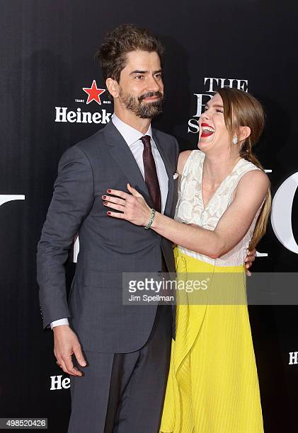 Actors Hamish Linklater and Lily Rabe attend the The Big Short New York premiere at Ziegfeld Theater on November 23 2015 in New York City