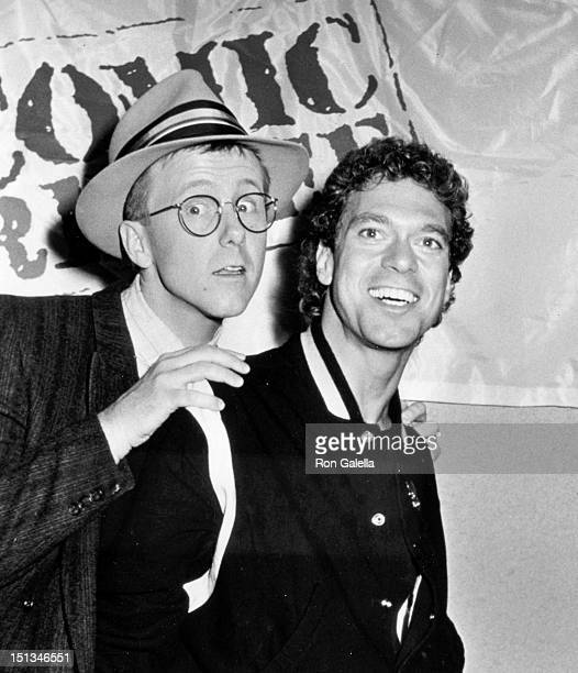 Actors Harry Anderson and Joe Piscipo attend Comic Relief Benefit on March 29 1986 at the Universal Ampitheater in Universal City California
