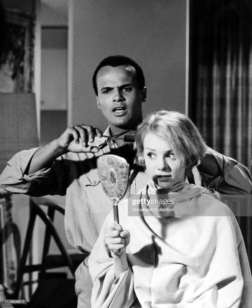 Actors Harry Belafonte and Inger Stevens on the set of the movie ...