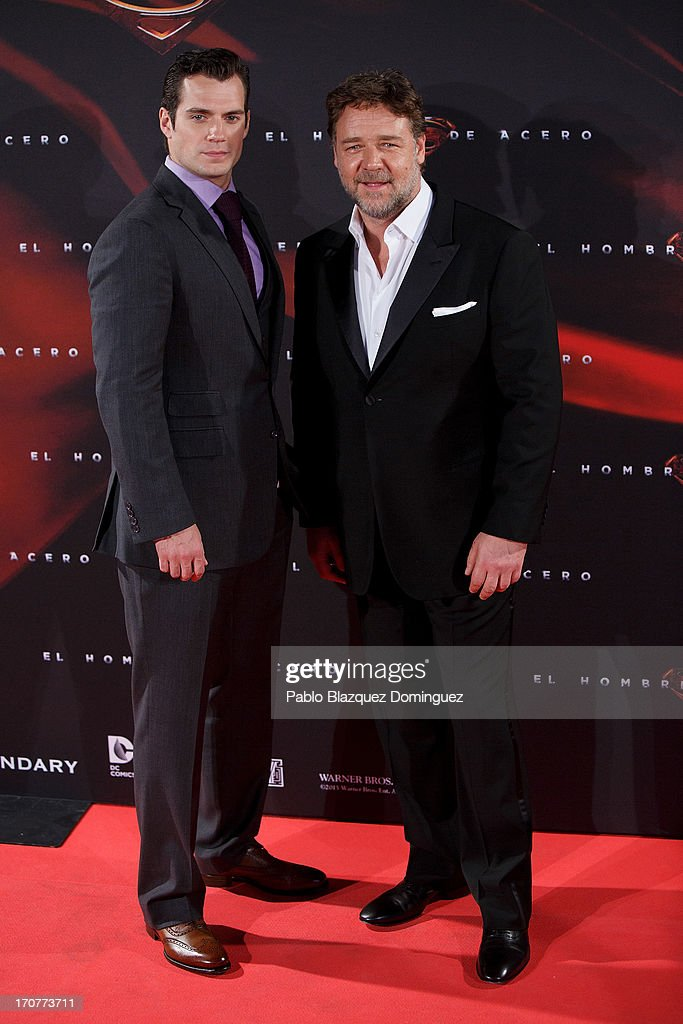 Actors Henry Cavill (L) and Russell Crowe (R) attend the 'Man of Steel' (El Hombre de Acero) premiere at the Capitol cinema on June 17, 2013 in Madrid, Spain.