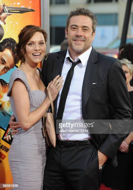 "Actors Hilarie Burton and Jeffrey Dean Morgan arrive at ""The Losers"" Premiere at Grauman's Chinese Theatre on April 20, 2010 in Hollywood, California."