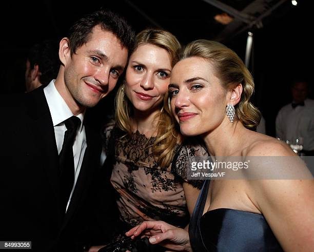 WEST HOLLYWOOD CA FEBRUARY 22 Actors Hugh Dancy Claire Danes and Kate Winslet attend the 2009 Vanity Fair Oscar party hosted by Graydon Carter at the...