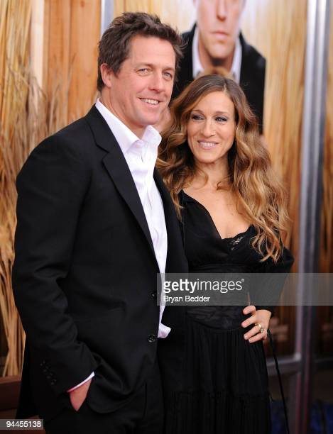 Actors Hugh Grant and Sarah Jessica Parker attend the premiere of 'Did You Hear About the Morgans' at Ziegfeld Theatre on December 14 2009 in New...