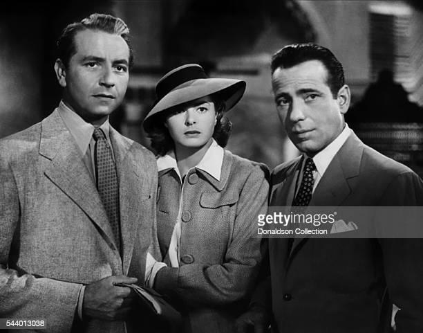 Actors Humphrey Bogart Paul Henreid and Ingrid Bergman pose for a publicity still for the Warner Bros film 'Casablanca' in 1942 in Los Angeles...