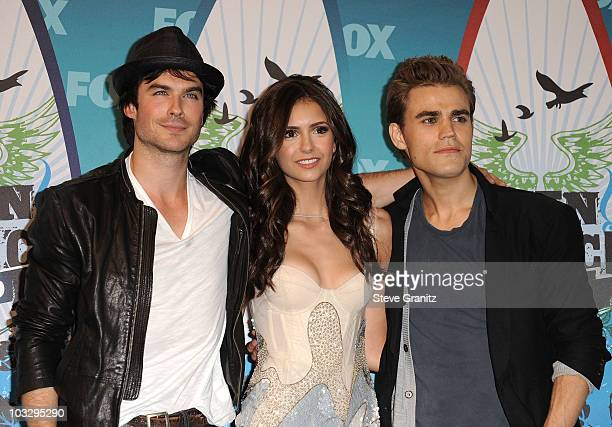 Actors Ian Somerhalder Nina Dobrev and Paul Wesley pose in press room during the 2010 Teen Choice Awards at Gibson Amphitheatre on August 8 2010 in...
