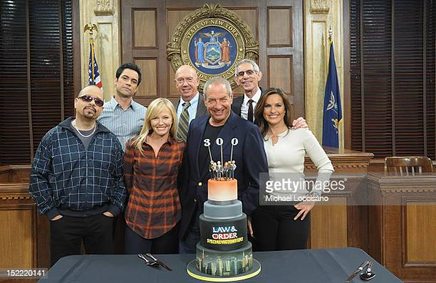 Actors IceT Danny Pino Kelli Giddish and Dann Florek writer/creator Dick Wolf and actors Richard Belzer and Mariska Hargitay attend the 'Law And...