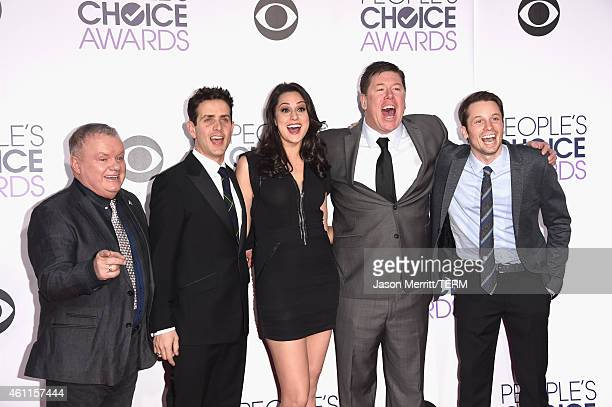 Actors Jack McGee Joey McIntyre Kelen Coleman Jimmy Dunn and Tyler Ritter attend The 41st Annual People's Choice Awards at Nokia Theatre LA Live on...