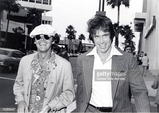 Actors Jack Nicholson and Warren Beatty attend a fundraiser for Harry Reems' legal defense in a pornography case in 1976 Hollywood, California....
