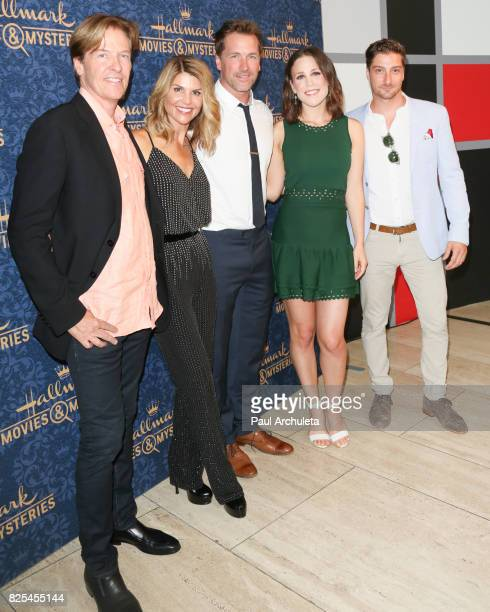 Actors Jack Wagner Lori Loughlin Paul Greene Erin Krakow and Daniel Lissing attends the premiere of Hallmark Movies Mysteries' Garage Sale Mystery at...