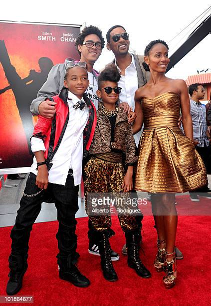 Actors Jaden Smith Trey Smith Willow Smith singer Will Smith and wife actress Jada Pinkett Smith arrive to premiere of Columbia Pictures' The Karate...