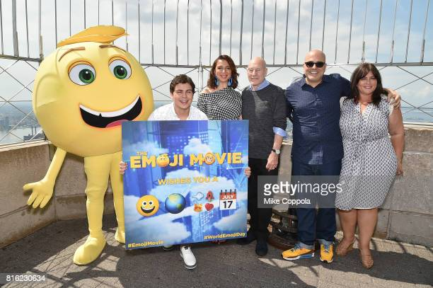Actors Jake T Austin Maya Rudolph Patrick Stewart Director Tony Leondis and Producer Michelle Raimo Kouyate at the Empire State Building Lighting...