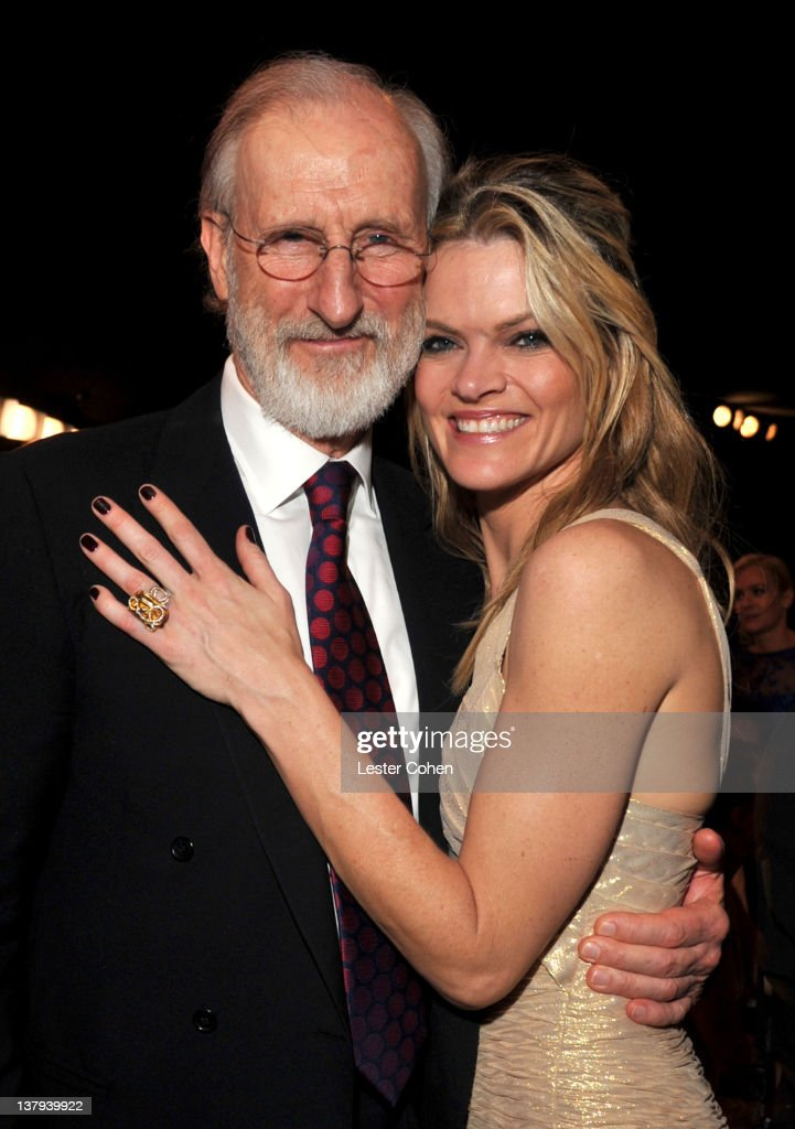 Actors James Cromwell and Missi Pyle attend The 18th Annual Screen Actors Guild Awards broadcast on TNT/TBS at The Shrine Auditorium on January 29, 2012 in Los Angeles, California. (Photo by Lester Cohen/WireImage) 22005_008_LC_0536.JPG