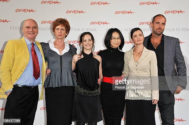 Actors James Hagan Nicola Bartlett Melanie Munt director Yu Hsiu Camille Chen actress Nina Deasley and cinematographer Jason Thomas pose at the...