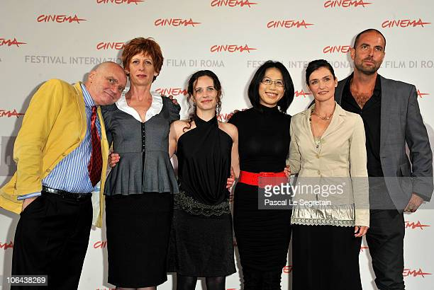 Actors James Hagan Nicola Bartlett Melanie Munt director Yu Hsiu Camille Chen actress Nina Deasley and cinematographer Jason Thomas pose at the...