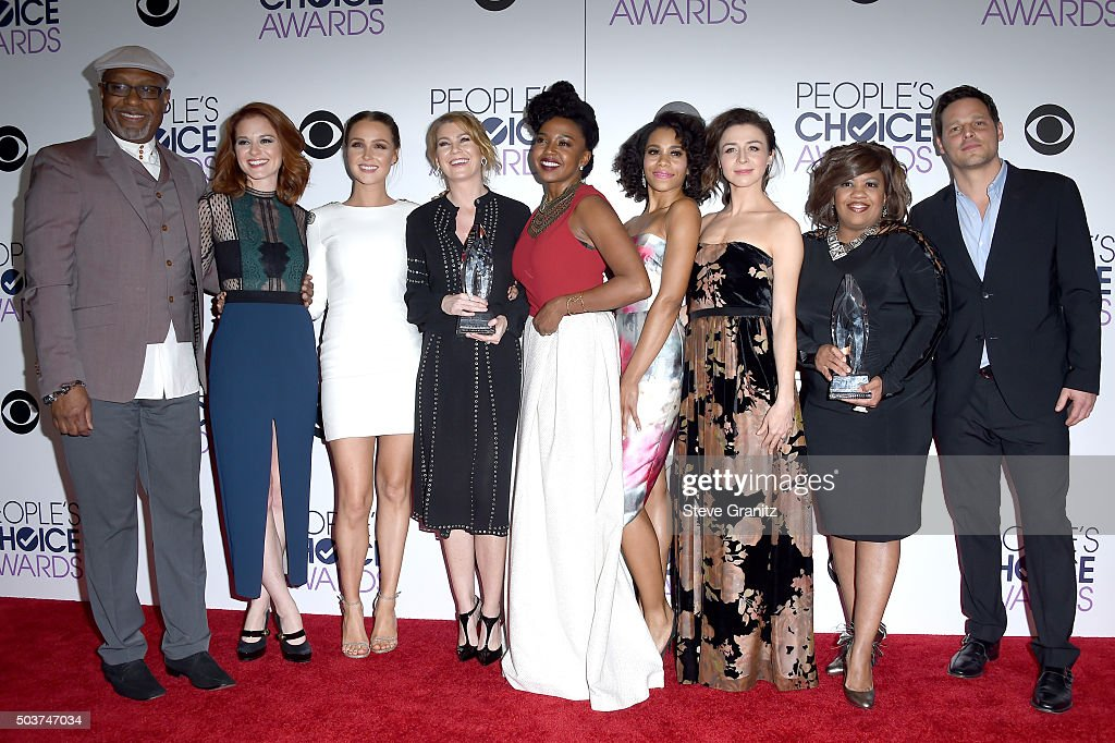 Actors James Pickens, Jr., Sarah Drew, Camilla Luddington, Ellen Pompeo, Jerrika Hinton, Kelly McCreary, Caterina Scorsone, Chandra Wilson and Justin Chambers pose with awards in the press room during the People's Choice Awards 2016 at Microsoft Theater on January 6, 2016 in Los Angeles, California.