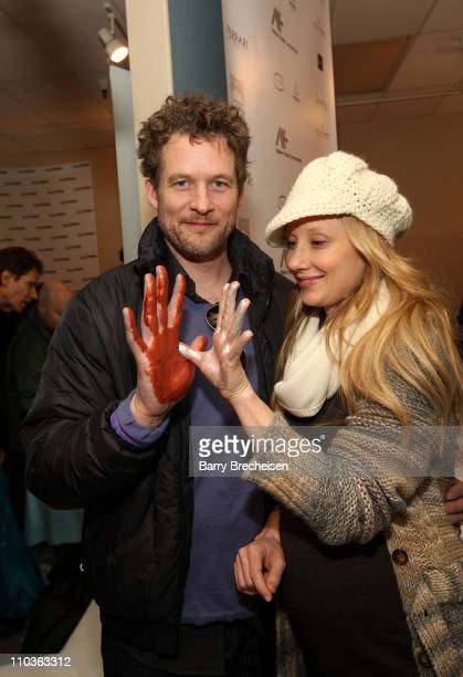 Actors James Tupper and Anne Heche visit the Kari Feinstein Sundance Style Lounge on January 17, 2009 in Park City, Utah.