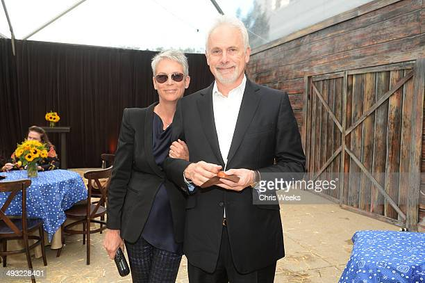 Actors Jamie Lee Curtis and Christopher Guest attend the Annenberg Space for Photography Opening Celebration for Country Portraits of an American...