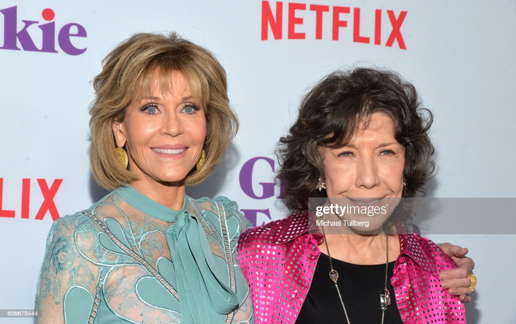 "Screening For Netflix's ""Grace And Frankie"" Season 3 - Arrivals : News Photo"