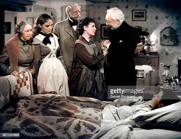 Actors Janet Leigh Sir C Aubrey Smith June Allyson Harry Davenport and Margaret O'Brien Actresses Margaret O'Brien Janet Leigh June Allyson Elyzabeth...
