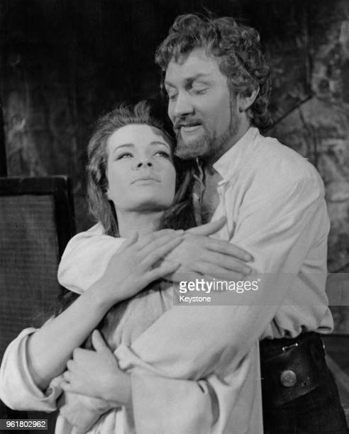Actors Janet Suzman as Lady Percy and Roy Dotrice as Hotspur in a scene from the Shakespeare play 'Henry IV Part 2' a Royal Shakespeare Company...
