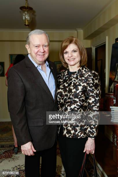 Actors Janis and Bill Corsair attend the Paul Dee Dee Sorvino celebrate their new book Pinot Pasta Parties at 200 East 57th Street on April 25 2017...
