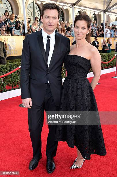 Actors Jason Bateman and Amanda Anka attend the 20th Annual Screen Actors Guild Awards at The Shrine Auditorium on January 18 2014 in Los Angeles...