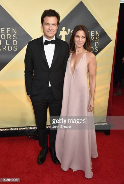 Actors Jason Bateman and Amanda Anka attend the 24th Annual Screen Actors Guild Awards at The Shrine Auditorium on January 21 2018 in Los Angeles...