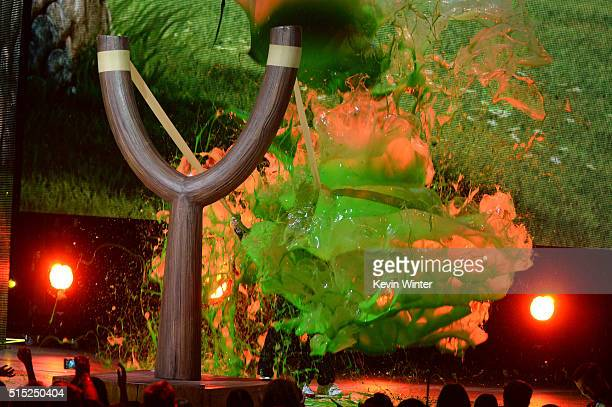 Actors Jason Sudeikis and Josh Gad get slimed onstage during Nickelodeon's 2016 Kids' Choice Awards at The Forum on March 12 2016 in Inglewood...